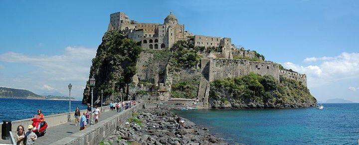 Castelul Aragonez